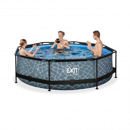 piscina con bomba de filtrado